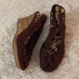 American Eagle Size 8 1/2 Wedges Brown Cork